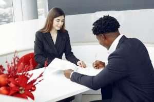 Jak Twoja marka osobista może pomóc Ci w pozyskiwaniu klientów?